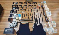 Αποκαλύψεις για την οργάνωση με αστυνομικούς που «πουλούσε» προστασία: Ο αρχηγός, οι φύλακες, η «Beverly» και τα «λουκούμια»