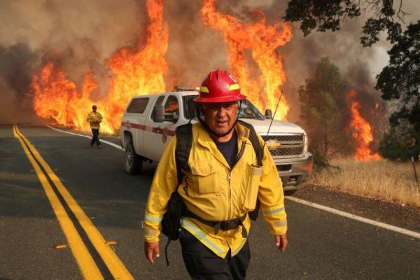 Θλιβερό ρεκόρ για την Καλιφόρνια : Οι πυρκαγιές έχουν σαρώσει περισσότερα από 8 εκατ. στρέμματα γης