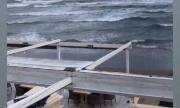 Κακοκαιρία «Ιανός»: Ο μεσογειακός κυκλώνας έφτασε στη Ζάκυνθο – Ισχυρή βροχή και δυνατοί άνεμοι στο νησί