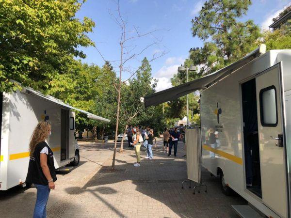 Κοροναϊός: Μετά την Κυψέλη, rapid test στην πλατεία Κουμουνδούρου