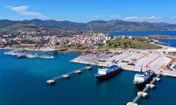 Στο λιμάνι του Λαυρίου θα καταπλεύσει το «Blue Star Chios» μεταφέροντας μετανάστες