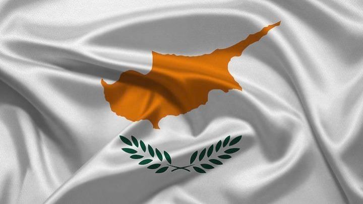 Σταθερή διατηρεί την πιστοληπτική ικανότητα της Κύπρου ο Standard & Poor's