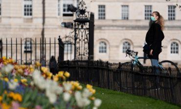 Βρετανία: Πρόστιμο έως και 10.000 στερλινών σε όσους παραβιάζουν τους κανόνες για τον κορονοϊό
