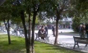 Αμπελόκηποι : Συνελήφθη αλλοδαπός να αυνανίζεται σε πάρκο
