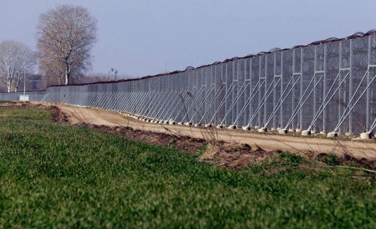 Ξεκίνησε η κατασκευή του φράχτη στον Έβρο