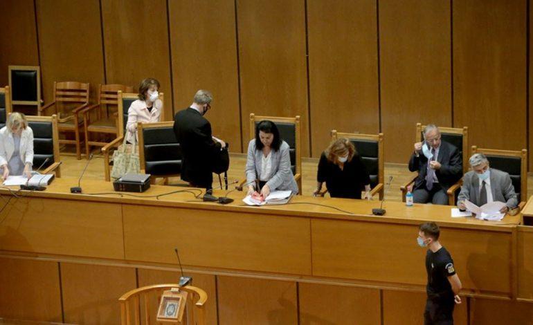 """Δίκη Χρυσής Αυγής: Υψηλό ποινικό τίμημα για το """"διευθυντήριο"""" της οργάνωσης"""