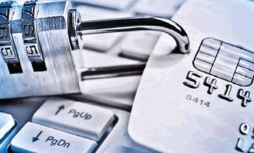 Νέα απάτη στις ηλεκτρονικές συναλλαγές μέσω e-banking - Καμπανάκι από τις τράπεζες