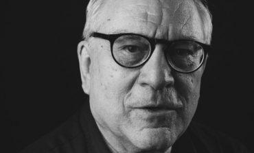 Ο συγγραφέας Δημήτρης Δημητριάδης : «Στη θέση της Χρυσής Αυγής θα έπρεπε να δικαστεί και να καταδικαστεί ο ΣΥΡΙΖΑ»
