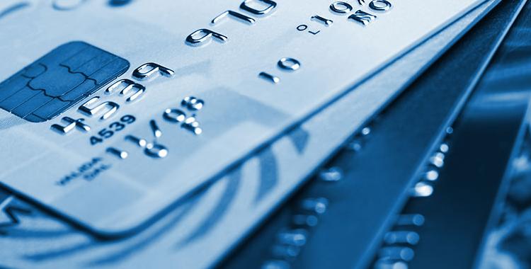 Πώς να προστατευτείτε από απάτες με τις χρεωστικές και πιστωτικές κάρτες