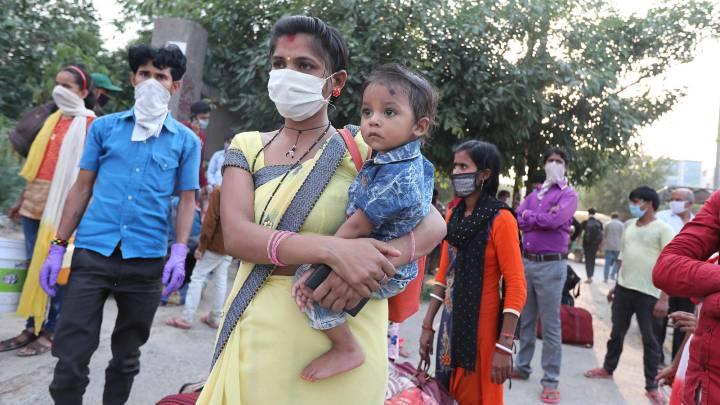 Ινδία: Δεκάδες χιλιάδες τα νέα κρούσματα – Σχεδόν 500 θάνατοι λόγω COVID-19