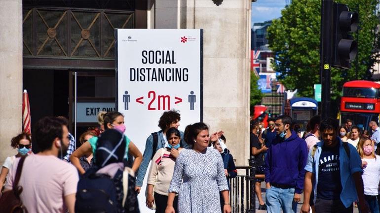 Προς lockdown η Αγγλία – Τι θα δηλώσει ο Τζόνσον
