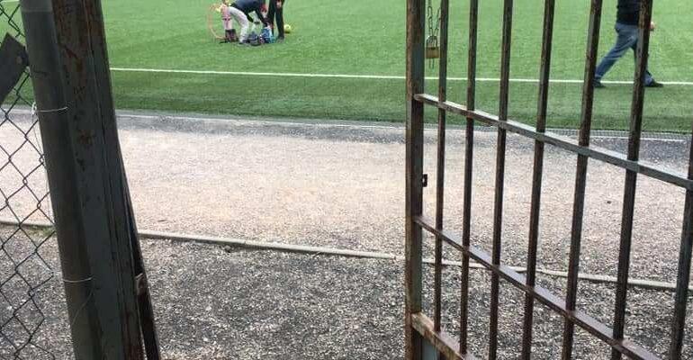 Ανοιχτά τα δημοτικά γήπεδα στο Διόνυσο