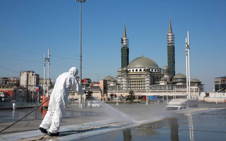 Στη δίνη του κορονοϊού βυθίζεται η Τουρκία