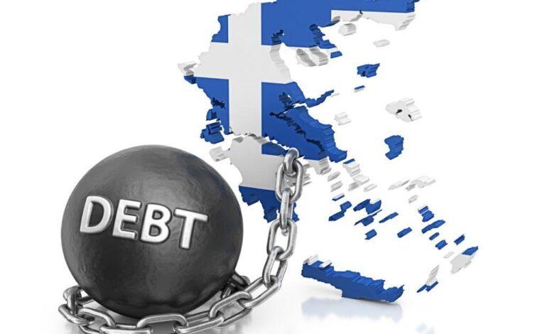 Σε επικίνδυνη τροχιά το χρέος