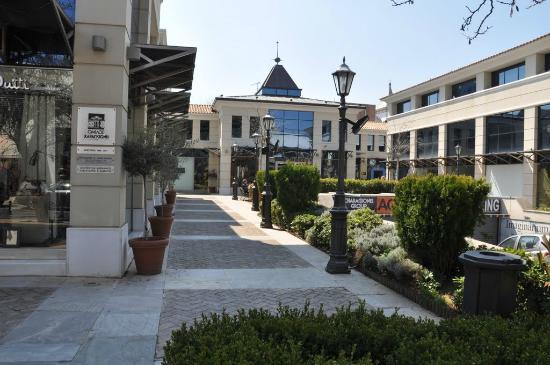 Κηφισιά: μέτρα ανακούφισης των επιχειρήσεων ανακοίνωσε ο δήμος