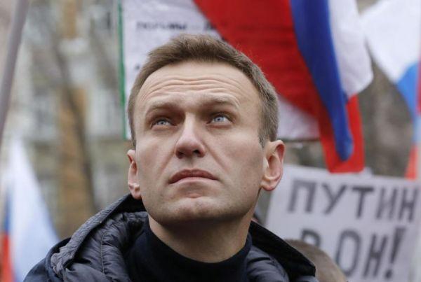 Ναβάλνι : Αποκαλυπτική έκθεση δείχνει ρωσική κατασκοπευτική ομάδα πίσω από την δηλητηρίασή του