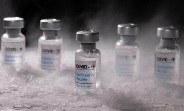 Φθάνει στην Αθήνα η πρώτη μεγάλη παρτίδα 83.850 δόσεων του εμβολίου της Pfizer