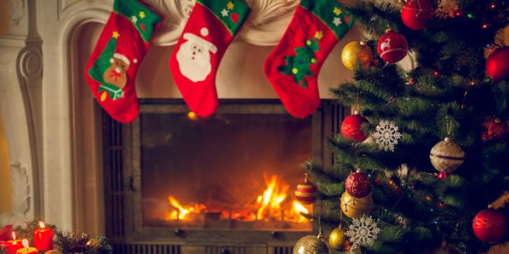 Κλειστά σχολεία, εστίαση και ψυχαγωγία έως την αρχή του νέου χρόνου – Πώς θα κάνουμε Χριστούγεννα