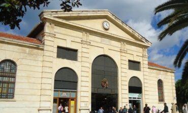 «Ξαναχτίζεται» η δημοτική αγορά των Χανίων 108 χρόνια μετά την ανέγερσή της