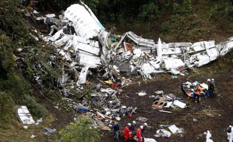 Έπεσε αεροπλάνο με ποδοσφαιρική ομάδα στη Βραζιλία – Νεκρός ο πρόεδρος και τέσσερις παίκτες