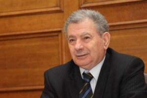 Σήφης Βαλυράκης: Έρευνα για τα αίτια θανάτου του στη θάλασσα - Δείτε το μοιραίο φουσκωτό του πρώην υπουργού... (Βίντεο)