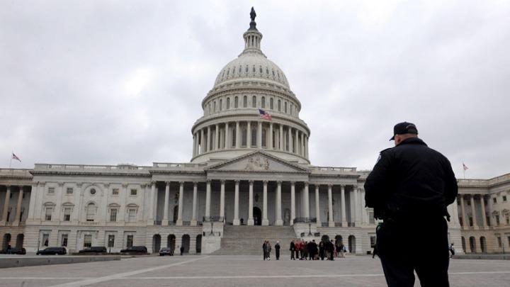 ΗΠΑ: Μια ομάδα Ρεπουμπλικανών γερουσιαστών θα αρνηθεί να επικυρώσει τη νίκη του Μπάιντεν
