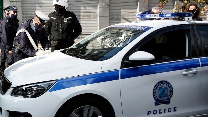 Συλλήψεις και πρόστιμα για παραβίαση των μέτρων διασποράς του κορονοϊού