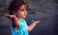 Συνεπιμέλεια - Επιστολή Εφέτη στον Μητσοτάκη: από την κόρη μου έχω μία φωτογραφία