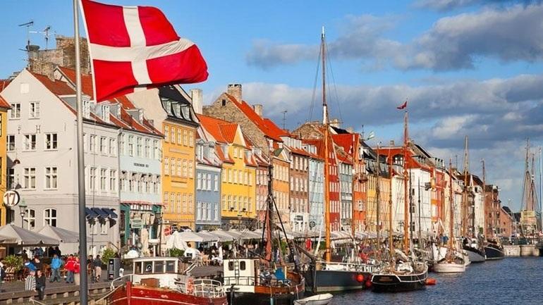 Δανία: Εκατοντάδες διαδήλωσαν στην Κοπεγχάγη εναντίον των περιοριστικών μέτρων