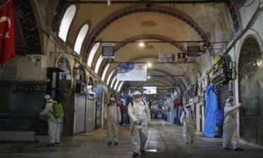 Τουρκία: 94 θάνατοι και 7.590 κρούσματα κορωνοϊού σε 24 ώρες