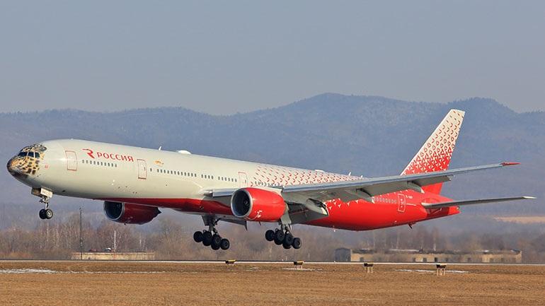 Ρωσία: Επείγουσα προσγείωση Boeing 777 λόγω προβλήματος στον κινητήρα