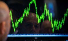 """""""Καθίζηση"""" στην Wall ελέω... ομολόγων - 560 μονάδες έχασε ο Dow, στο -3,5% έκλεισε ο Nasdaq"""