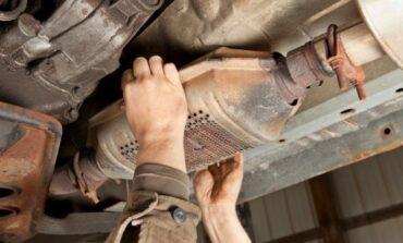 Δεκαπεντάχρονος έκλεβε καταλύτες αυτοκινήτων - Εξαρθρώθηκαν δύο σπείρες