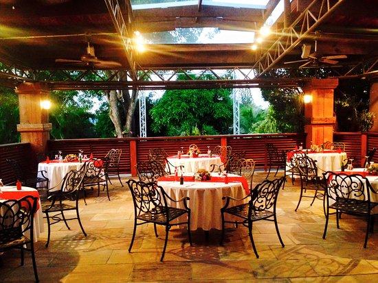 Θεσσαλονίκη: Πολυτελές εστιατόριο λειτουργούσε με ραντεβού για… λίγους και εκλεκτούς