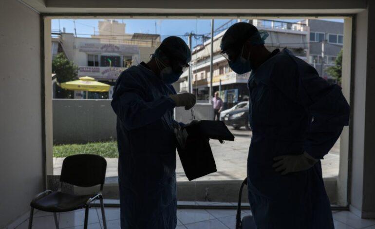Κορωνοϊός: Το τρίτο κύμα «πνίγει» και τον Απρίλιο – Τι λέει ο καθηγητής πνευμονολογίας Νίκος Τζανάκης