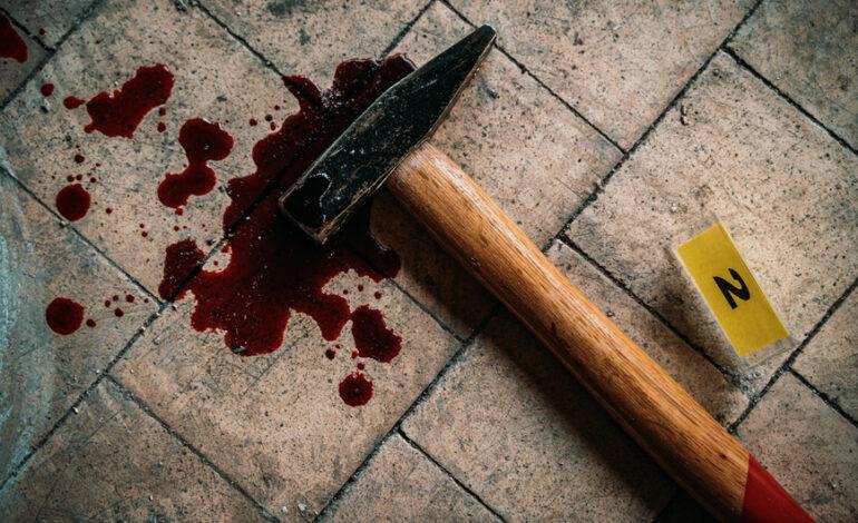Άγριο έγκλημα: Σκότωσε τη γιαγιά της με σφυρί γιατί ο Θεός της είπε να κάνει μια θυσία