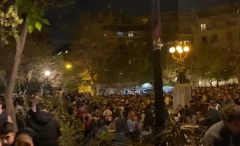 Πάρτι στην Κυψέλη με Dj – Συγκεντρώθηκαν πάνω από 500 άτομα