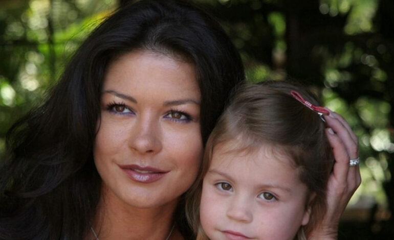 Η κόρη της Κάθριν Ζέτα Τζόουνς και του Μάικλ Ντάγκλας έγινε 18 και οι γονείς της το γιορτάζουν με τρυφερά μηνύματα