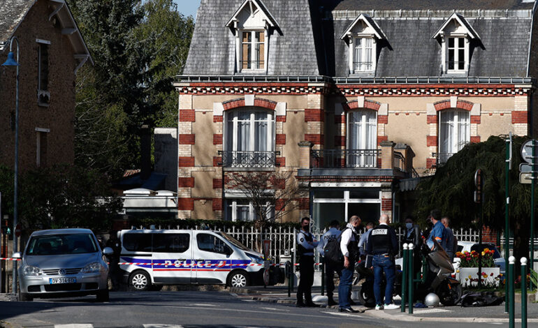 Μακρόν για τρομοκρατική επίθεση στο Παρίσι: Δεν θα υποχωρήσουμε