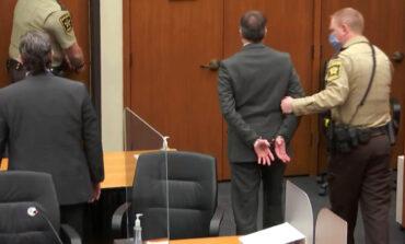 Ντέρεκ Σόβιν: Τι έγραψε στο χέρι του ο δολοφόνος του Τζορτζ Φλόιντ πριν ακούσει την ετυμηγορία