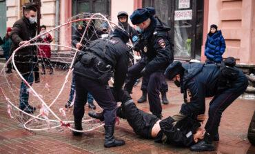 Ρωσία: Περισσότερες από 1.000 συλλήψεις στις διαδηλώσεις υπέρ του Ναβάλνι