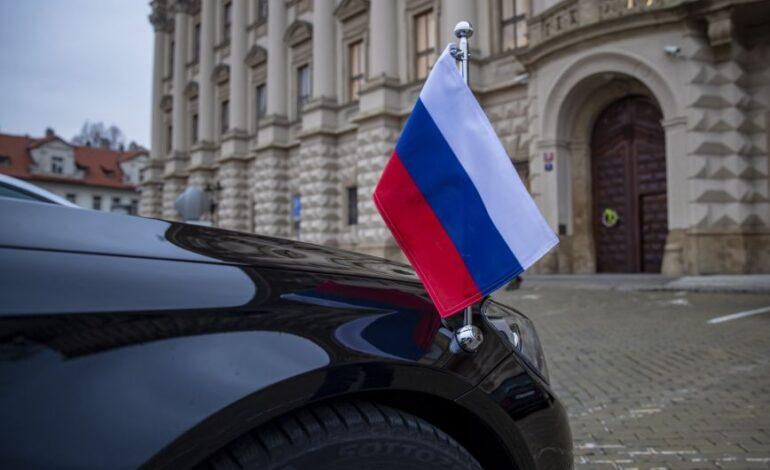 Στο πλευρό της Τσεχίας η Μεγάλη Βρετανία μετά τις απελάσεις Ρώσων διπλωματών