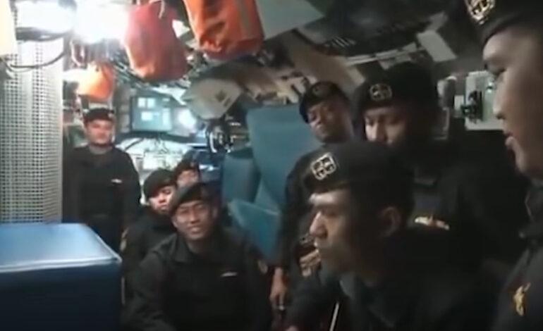 Συγκλονιστικό βίντεο με το πλήρωμα του βυθισμένου υποβρυχίου της Ινδονησίας να τραγουδά «αντίο»