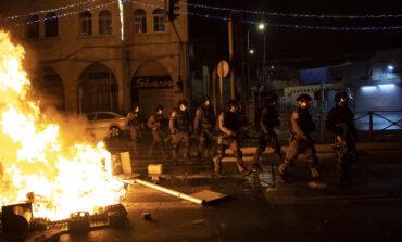 Συγκρούσεις μεταξύ Παλαιστινίων και ισραηλινής αστυνομίας στην Ιερουσαλήμ