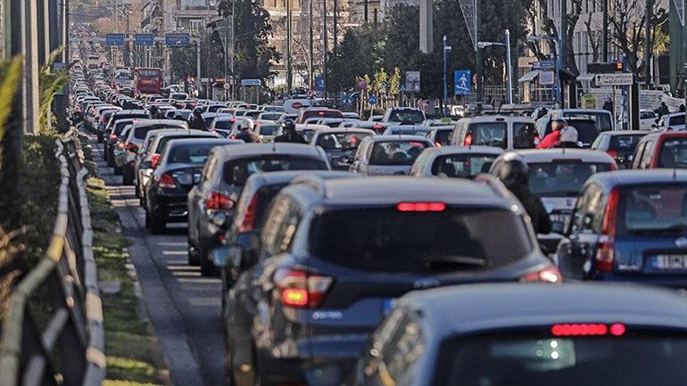 Αυξημένη κατά 34,3% η κυκλοφορία οχημάτων στην Αττική κατά τα δύο τελευταία Σαββατοκύριακα