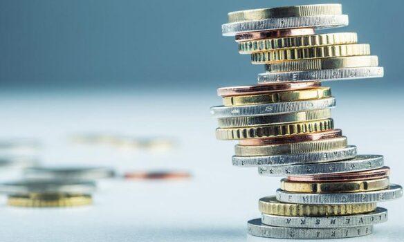 Φοροελαφρύνσεις: Στο 22% ο συντελεστής φορολόγησης - Μειώνεται η προκαταβολή φόρου