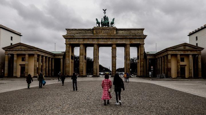 Γερμανία: Αναπόφευκτο ένα πιο αυστηρό lockdown, εκτιμούν διακεκριμένοι επιστήμονες