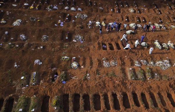 Βραζιλία: Συνεχίζει να σαρώνει ο κοροναϊός – 790 νεκροί σε 24 ώρες
