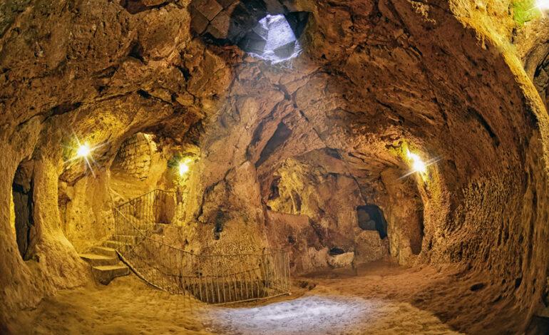 Η αρχαία υπόγεια πόλη των 18 επιπέδων στην Τουρκία