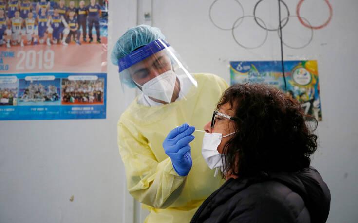 Ιταλία: Αρχές Ιουνίου θα έχουν εμβολιαστεί τα δύο τρίτα του πληθυσμού